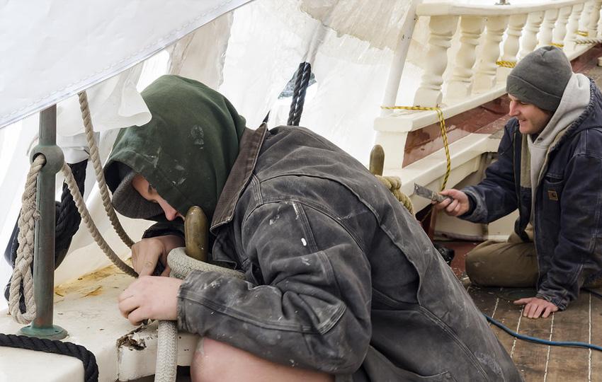 yag giderme1 - العاملون في مجال إزالة الطلاء والنفط!