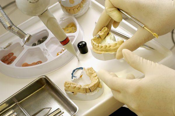 dis teknisyeni - Silikozis hastası diş teknisyeni: Yarım bir adam olarak devam ediyorum hayatıma