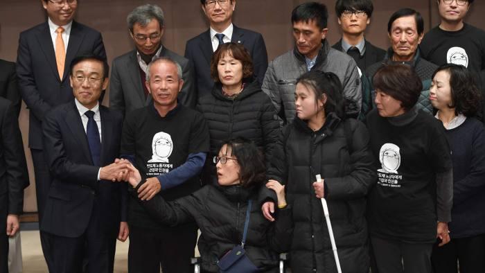 samsung iscileri - Samsung sonunda hastalığa yakalanan işçilerden özür diliyor!