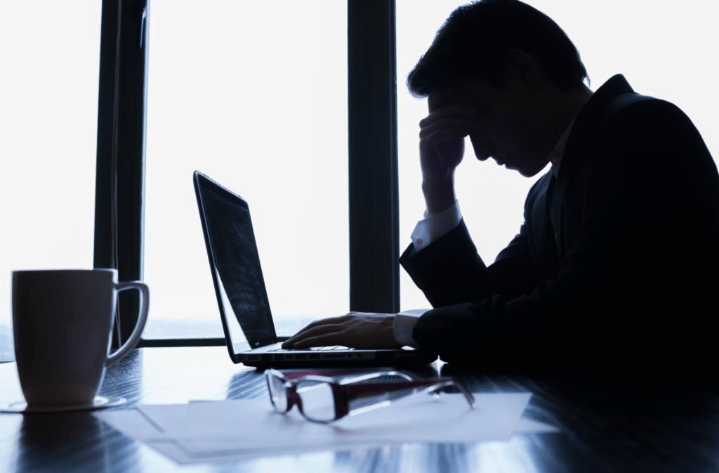 mobbing work stress burnout e1496581294137 - MOBBİNG İLE MÜCADELE: TÜRKİYE'DE MOBBİNGE KARŞI NE YAPILIYOR, NE YAPILMALI? -2-