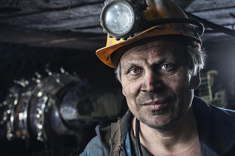 """maden - """"Kara akciğer"""" hastalığının ölümcül şeklindeki esrarengiz artış nedeniyle, genç maden işçilerinin bu hastalıktan ölme olasılığı önceki nesillere kıyasla daha yüksek"""